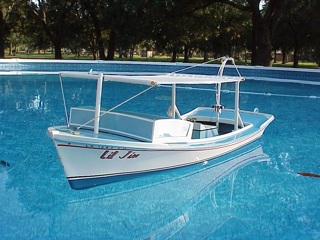25' Lafitte skiff (Rabbit) - Boat Design Net Gallery