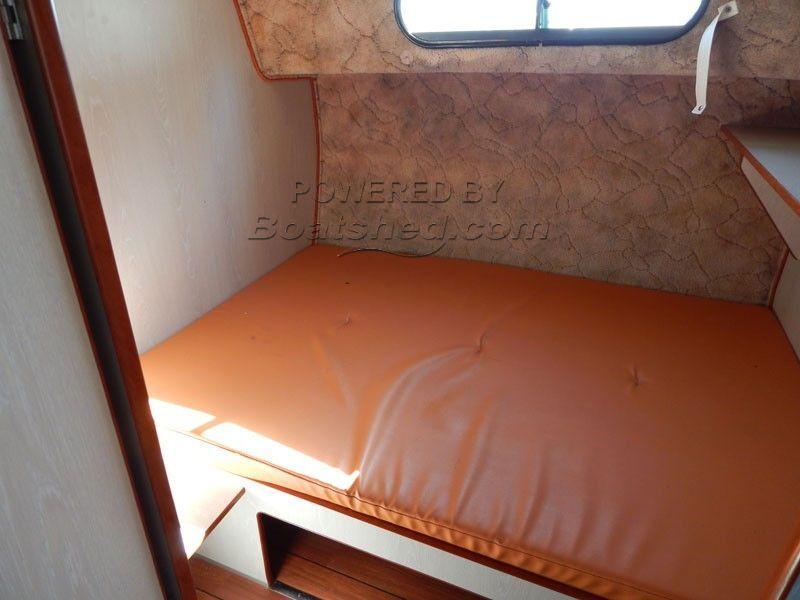 171314_BoatPic_Cabin3.jpg