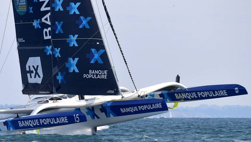 Banque Populaire flying Fa pix.jpg