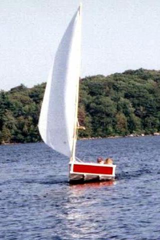 Bolger Brick sailing.jpg