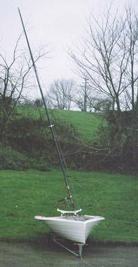 Canting mast-Merlin dinghy.jpg