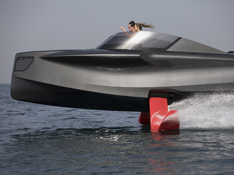 Foiler-power yacht.jpg