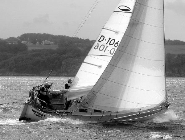 Grinde 26 sailing.jpg
