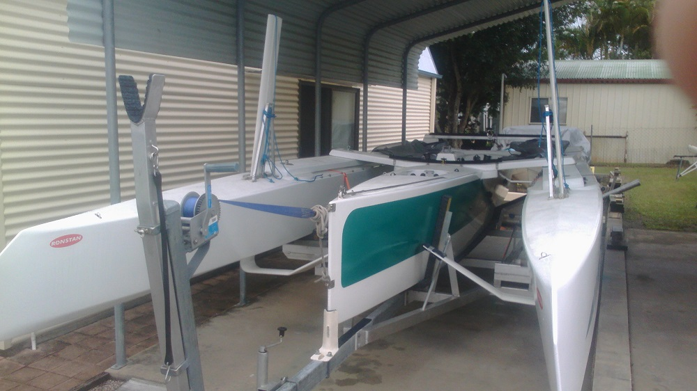 Len Surtees boat with foils on trailer.jpg