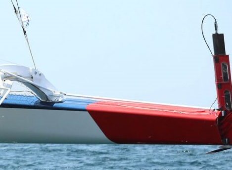 Maserati- stb rudder before crash during Transpac-picture by crew.jpg