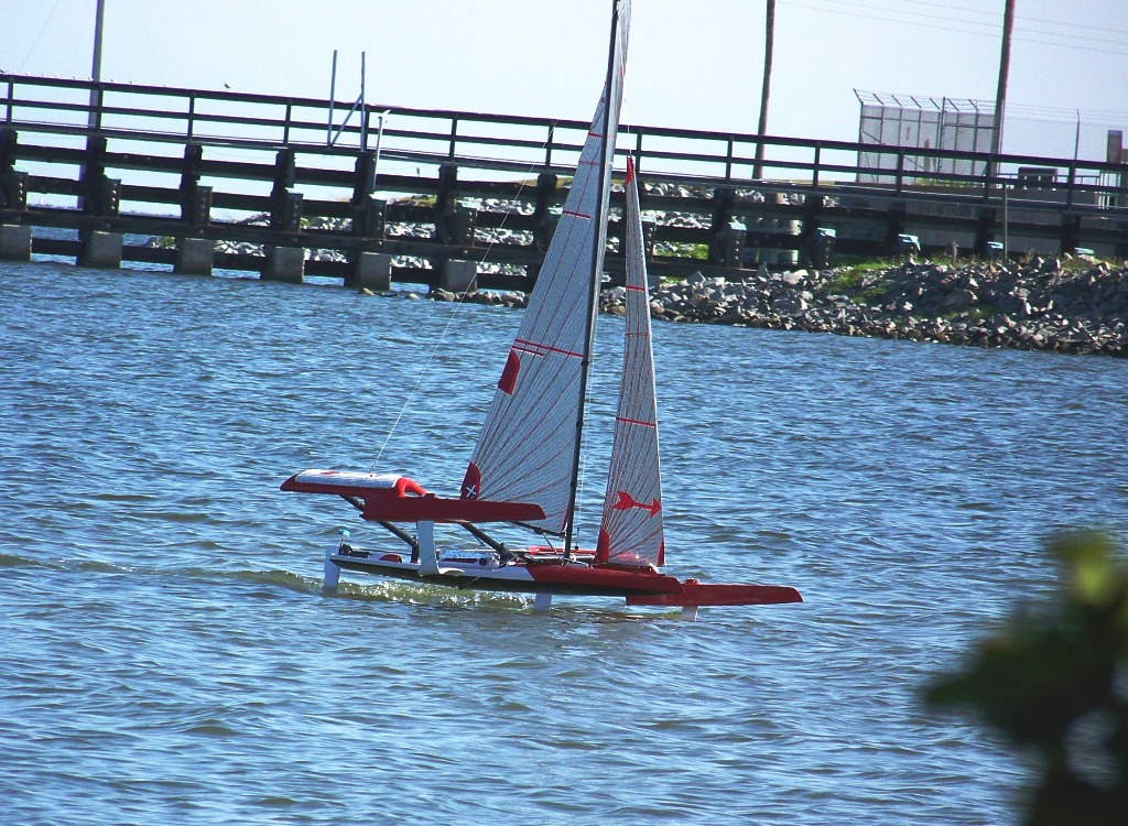 MPX Fire Arrow-First Full Flying Foiling on video-7-24-14 012 (3) - Copy.JPG