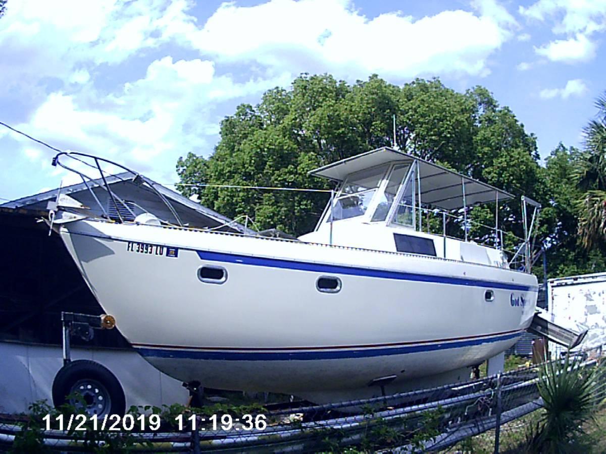 Sailboat Trawler01.jpg
