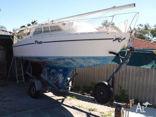 star_22_is_a_good_trailer_yacht_21095837.jpg