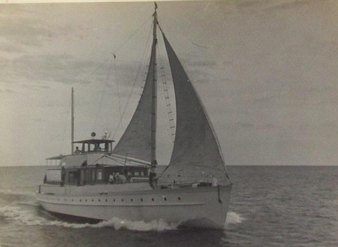 Ungava under sail 001.JPG