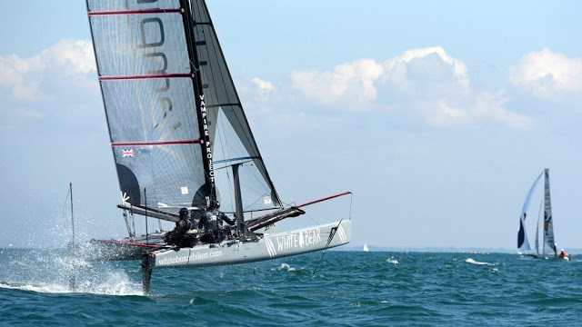 Vampire-Euro cat 2017-photo yachtclub carnac-catsailing news.jpg