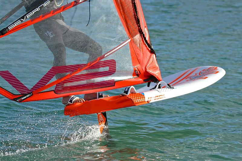 Windfoiling NZ.jpg
