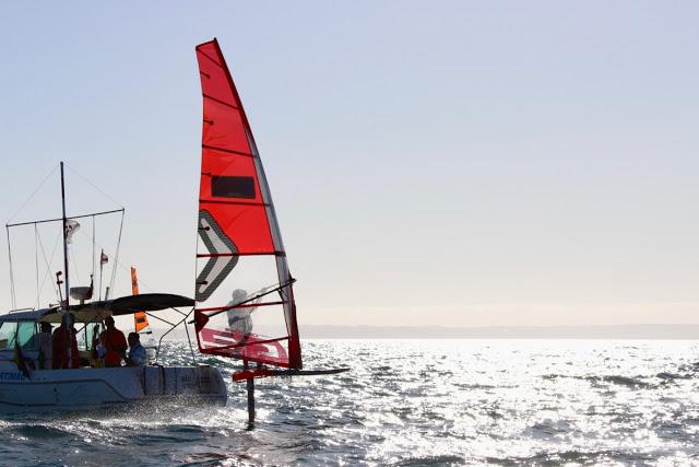 WindsurfFormulaFoilEuros2019_12-catsailing news.jpg