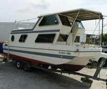 xt3-steury-houseboat.jpg.pagespeed.ic.1quNaLgOHi.jpg