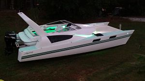 27' Stiletto Catamaran moving light show