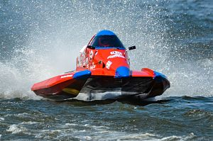 Hans Küffner-McCauley at 2019 APBa (NGK) Nationals, won one heat, 3rd overall.