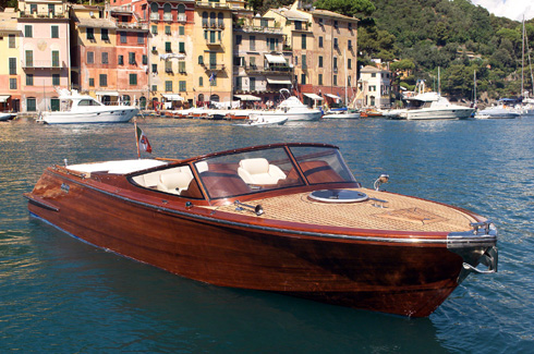 Wooden Luxury Speedboat